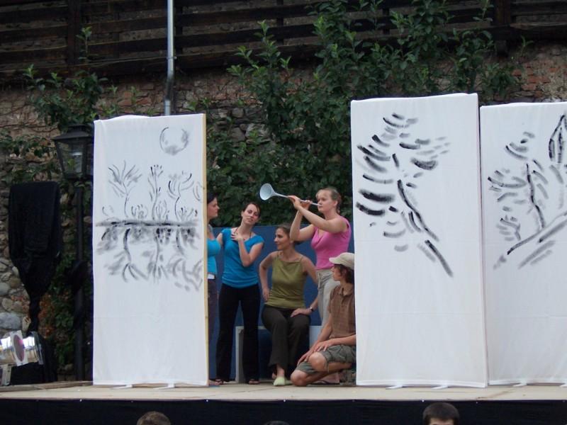 Festival 2006 - »Schneemädchen, Kurhaus Isny« (Foto: Sha Ri Fu)