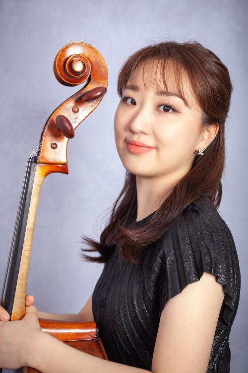 Jin Hur, Violoncello